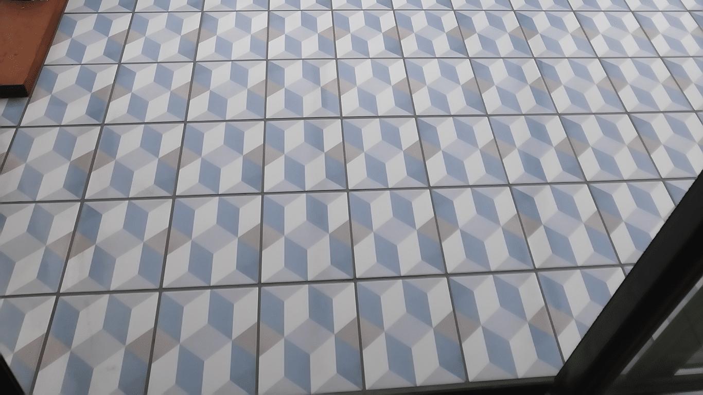 carrelage au sol 3d bleu et blanc
